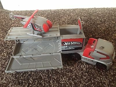 Hot Wheels Transporter Truck - Track Surveillance plus Helicopter