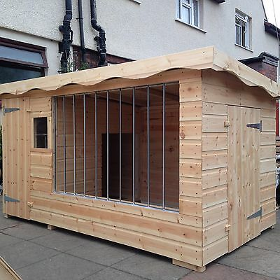Extra Large Dog Kennel And Run *delivery Within 5 Working Days *