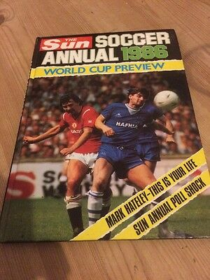 Vintage Book The Sun Soccer Annual 1986 World Cup Preview