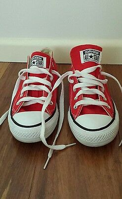 Red womens size 8 converse shoes