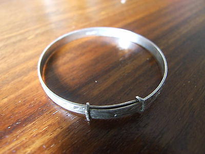 Baby's/Child's Sterling Silver  Expandable Bangle. Beautifully Patterned