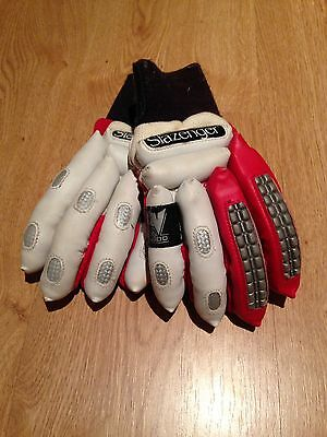 Slazenger Boys Cricket Gloves