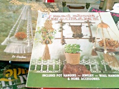 Lot of 5 vintage Macramé mags dating from 1975 to 1980