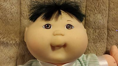 Cabbage patch doll 12 inch first edition copyright 1995