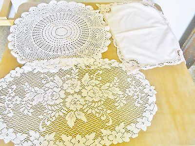 Vintage Hand Embroidered Crocheted Centerpieces Doilies~ Very Nice