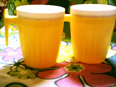 Lot of 3 cup Twinsulated Space magic Vintage-plastic aqua,yellow