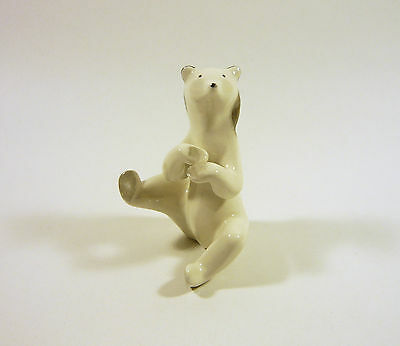 "Art Deco White Polar Bear Sitting 3.7"", Handpainted Porcelain Figurine !"