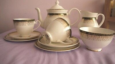 STUNNING ROYAL GRAFTON MAJESTIC Green BONE CHINA TEA SERVICE FOR TWO V.G.COND