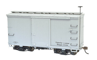 Bachmann On30 18 ft. Box Car W/ Murphy Roof - Gray, Data Only (2 per box) 26553