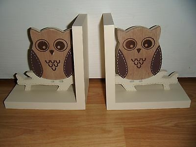 Very Cute Wise Owl Wooden Bookends - Childrens ~ Gorgeous