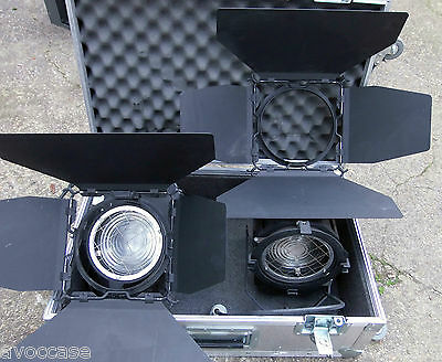 2 PROJECTEURS / Strand Polaris Bambino Model 660 Spotlight Lighting 1 KW