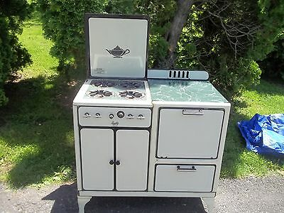 Vintage 1940's Quality Brand Four Burner Gas Stove W/ Warmer Compartment
