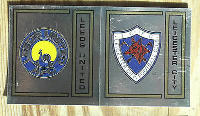 Panini Football 83 No 375 Leeds United & Leicester City Silver Badge Excellent