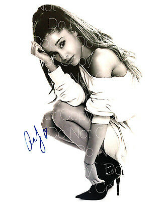 Ariana Grande signed Everything sexy hot 8X10 photo picture poster autograph RP
