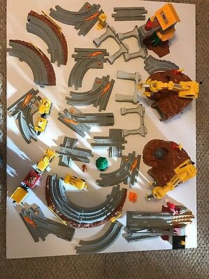 Fisher-Price Geo-Track Construction Set And More 35 Pcs Lot!!!