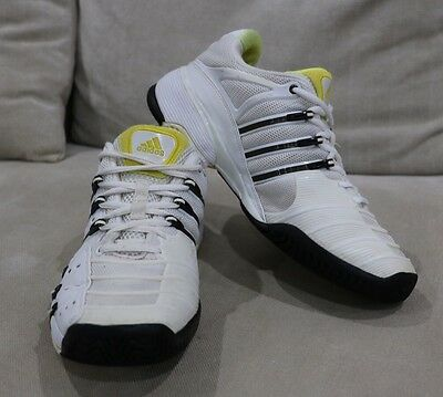 White Adidas Barricade Mens Tennis Shoes Sneakers Trainers UK 7 US 8.5