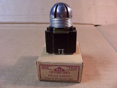Vintage Pass & Seymour Pilot Light -- P/n:1340 -- New In Box -- Nos