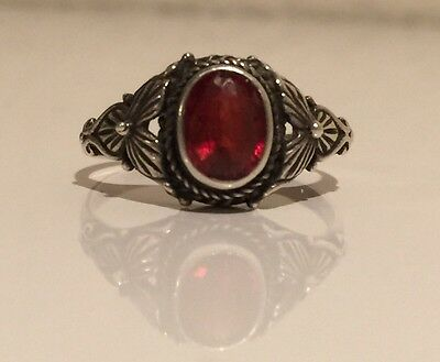 VINTAGE ANTIQUE 925 STERLING SILVER ART DECO STYLE RUBY/GARNET RING Size 6