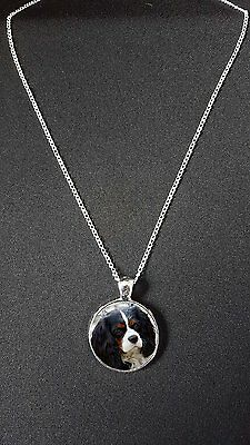 """King Charles Spaniel Pendant On 18"""" Silver Plated Fine Metal Chain Necklace N448"""