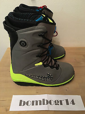 BNIB Mens NIKE Lunarendor QS LED Glow Snowboard Boots Limited Edition UK 10.5