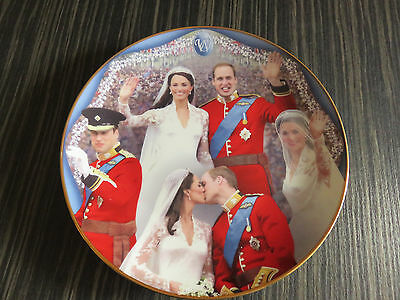 Danbury Mint Prince William/kate Middleton Wedding Plate - For Greyhound Rescue