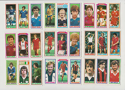 27  FOOTBALLERS..( 3  in a  card )...9  CARDS...1981...TOPPS...BLUE  BACK