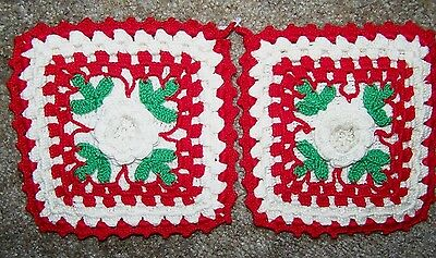 2 Vintage White Rose Center Hand Crocheted Hot Pads Pot Holders In High Relief