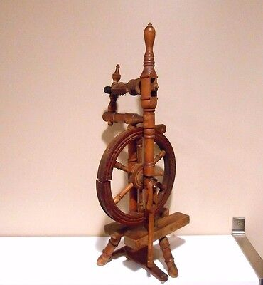 """Antique Vintage Wood wooden Spinning Wheel 20"""" tall"""