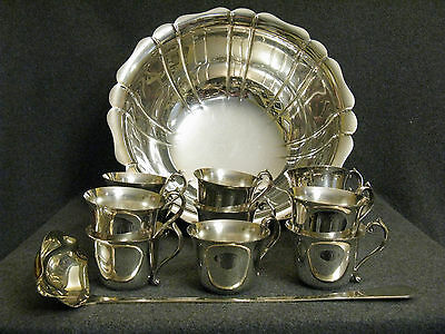 Pilgrim Silverplated Punch Bowl Set Ladle 11 Cups