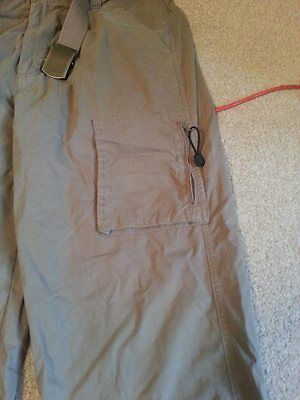 Men's Lee Cooper 3/4 length cargo trousers, size 36 waist