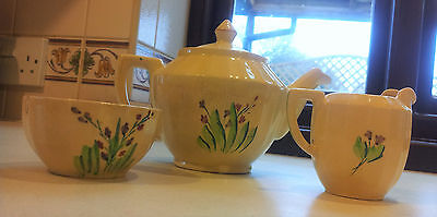 *SHORTER & SON** TEAPOT SET -SUPER LOOKING TEAPOT, MILK JUG & SUGAR BOWL- 1930's