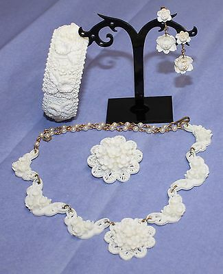VTG 50's Candlelight White Carved Celluloid Daffodil Orchid & Rose Parure Set