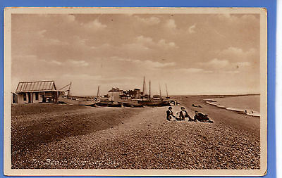 Old Vintage Rp Postcard The Beach Pevensey Sussex