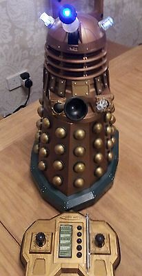 """Dr Who Doctor Who Radio Controlled 12"""" Gold Dalek"""