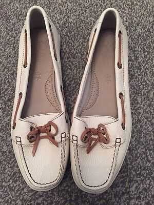 New Women's M&S Marks And Spencers Footlove Wider Fit Beige Loafers Size 6