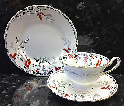 "Shelley Gainsborough Shape ""Red Berries"" Pattern Tea Cup Trio."