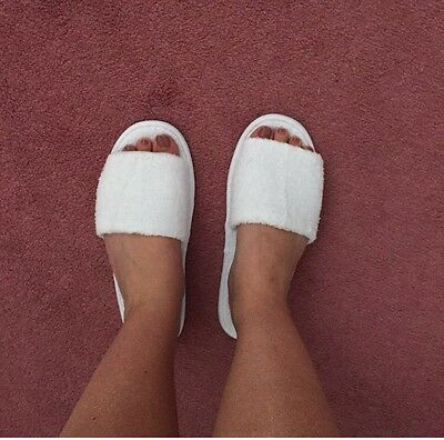 Women's White Spa Slippers, One Size