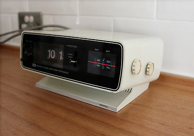 Vintage Retro Atomic Flip Over Digital EMI Transistor AM FM Clock radio Working