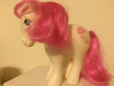 """Vintage My Little Pony '82 White W/ Pink Flower """"Free Shipping"""""""