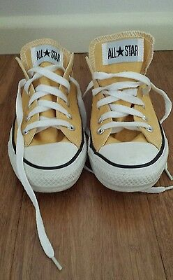 Yellow converse womens 7.5