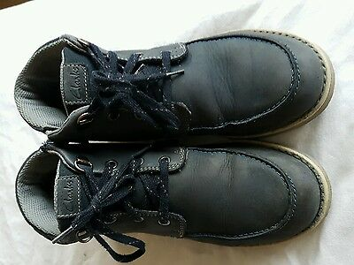 boys clarks boots shoes size 3.5