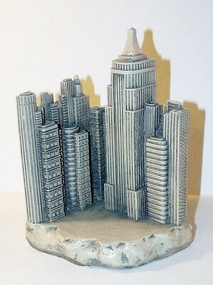 TMS Historical Wonders EMPIRE STATE BUILDING Bookend - New York City Skyline