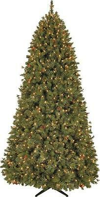 General Foam 9' PINEHURST PRE-LIT 1200 CLEAR LIGHTS CHRISTMAS TREE OR-RAF166249