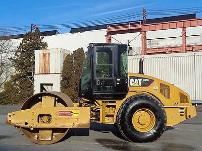 2011 Caterpillar CS56 Smooth Single Drum Compactor Roller - Low Hours