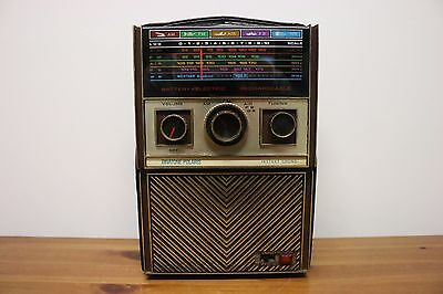 Vintage Japanese Transistor Radio,1970s,Binatone,Working on FM/MW