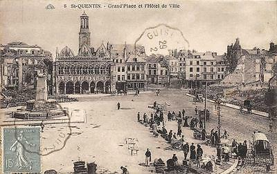 CPA 02 SAINT QUENTIN GRAND'PLACE (marché