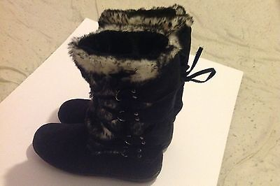 Ladies Suede Faux Fur Black and Grey boots - uk size 5 - used