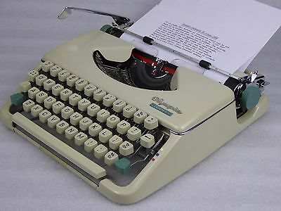 Immaculate Script Font Olympia Splendid 66 typewriter w/new ribbon 2 spares