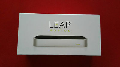 Brand New - Leap Motion Controller + VR mount