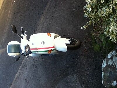 Vespa ET2 50 scooter moped 2002 with mot